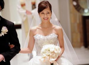 安田美沙子 結婚式 画像