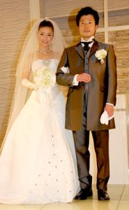 島谷ひとみ 結婚式