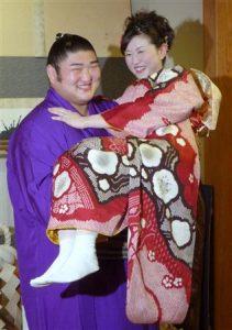 琴光喜 嫁