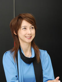 岡安由美子 画像