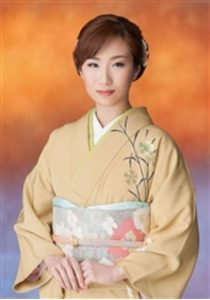 椎名佐千子 画像